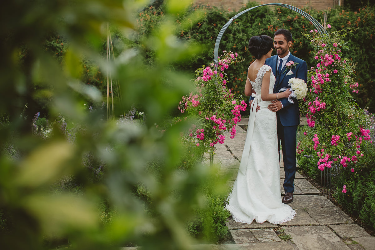 female arab an asian wedding photographer in dubai