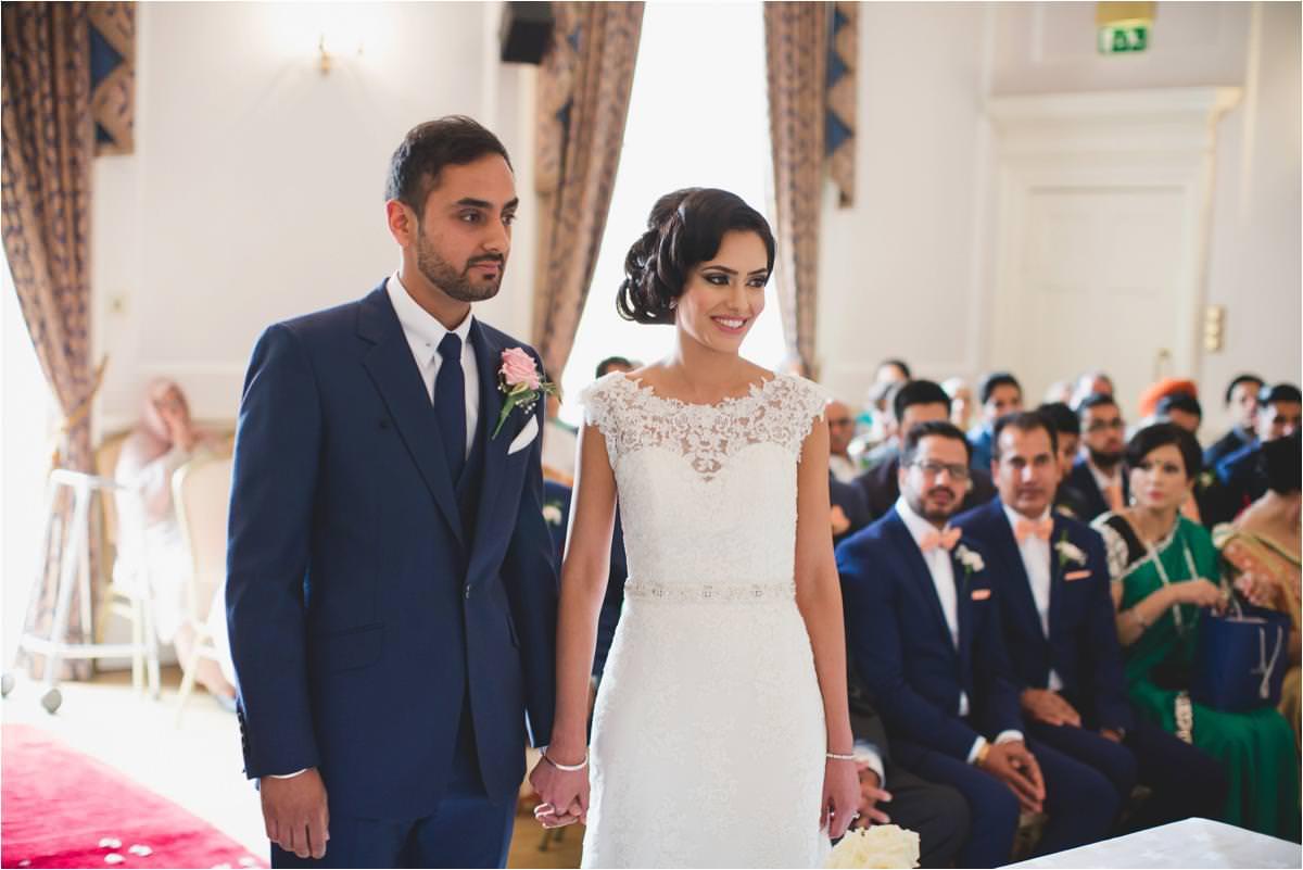 modern-sikh-wedding-photographer-Brooksby-Hall_0029