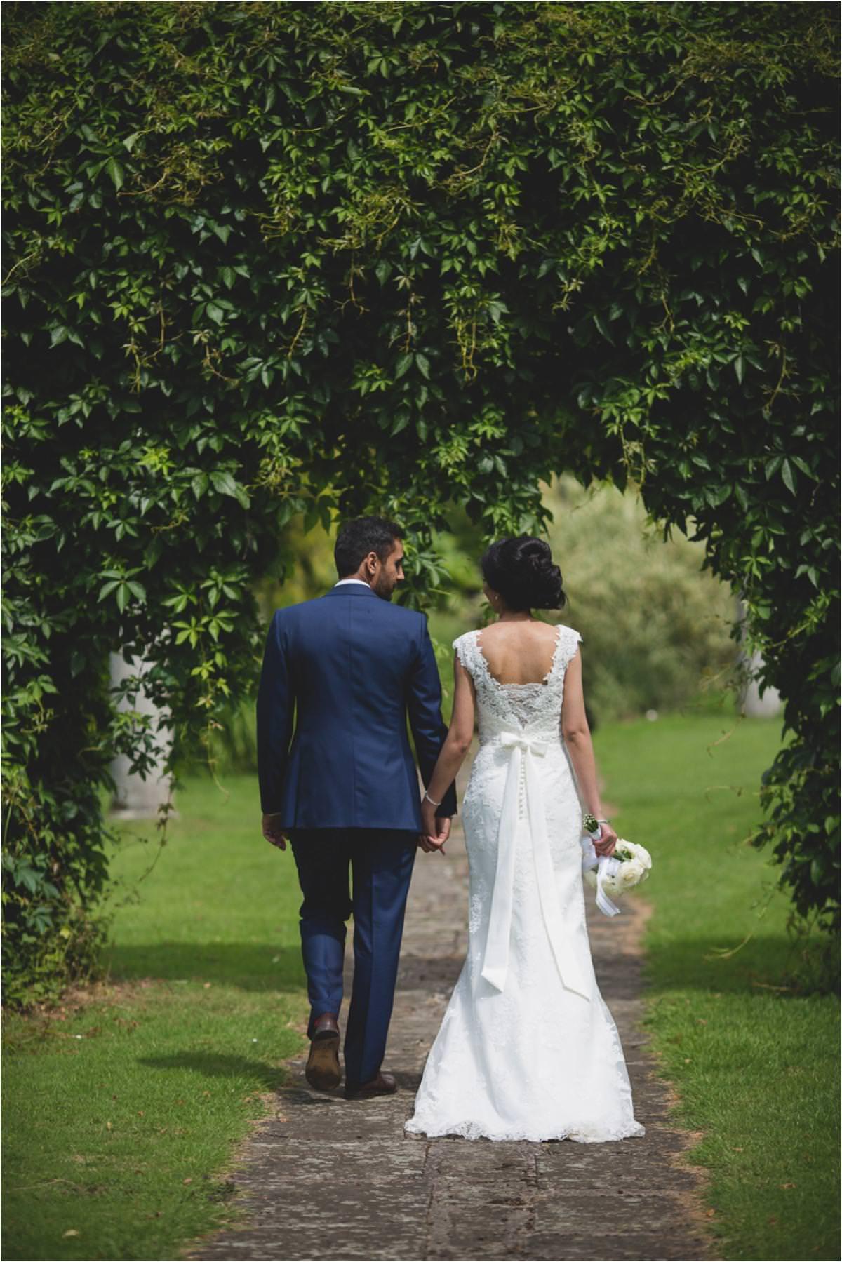modern-sikh-wedding-photographer-Brooksby-Hall_0047