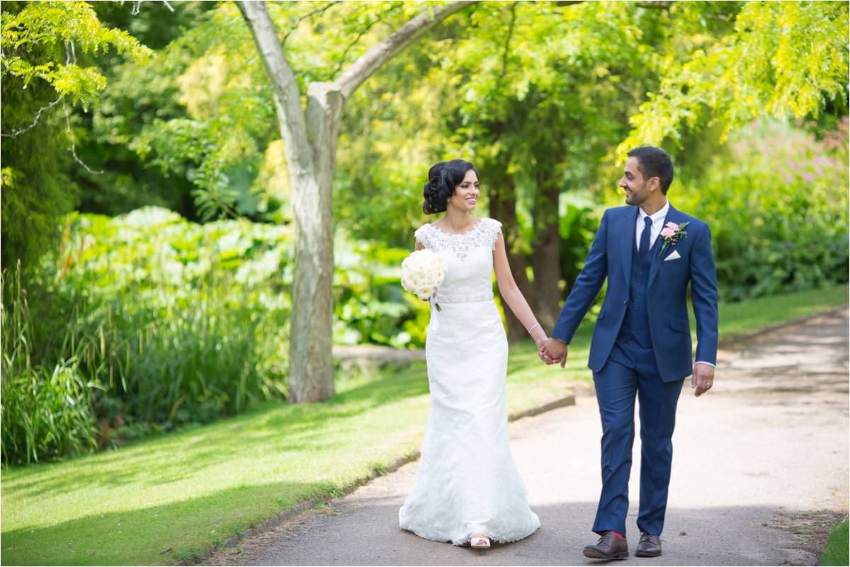 modern-sikh-wedding-photographer-Brooksby-Hall_0048