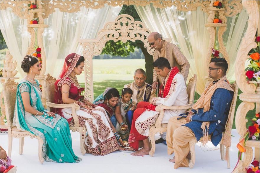 indian-wedding-photographer-london-ditton-manor_0016