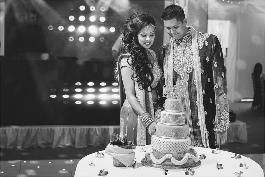 indian-wedding-photographer-london-ditton-manor_0061