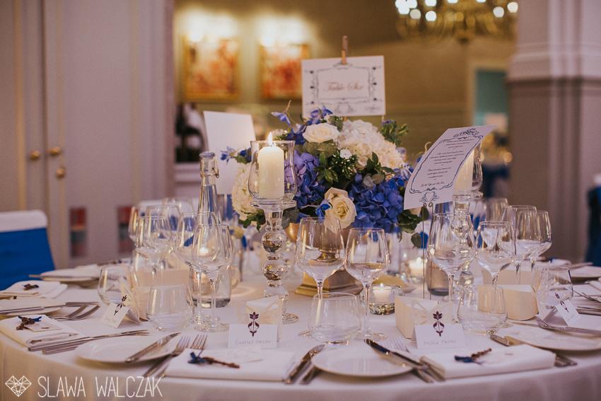 candle-lit-wedding-table-decoration