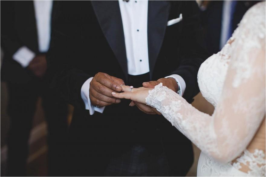 hammersmith-fulham-town-hall-wedding-photography_0058