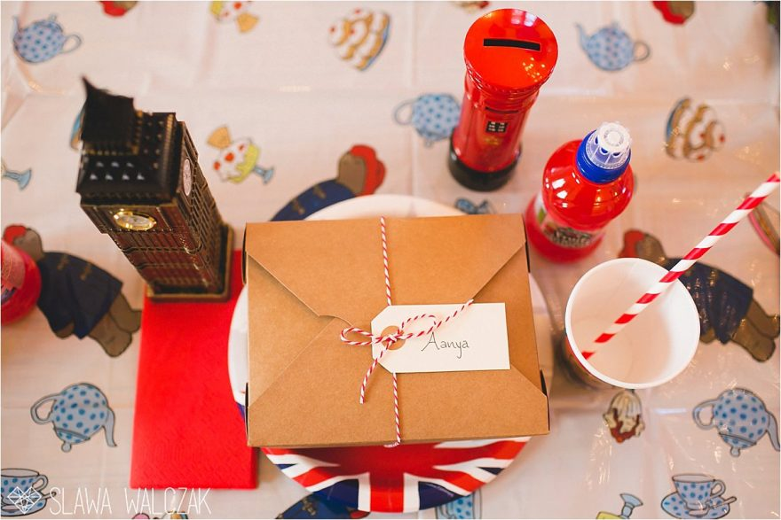 London inspired kids party table decor