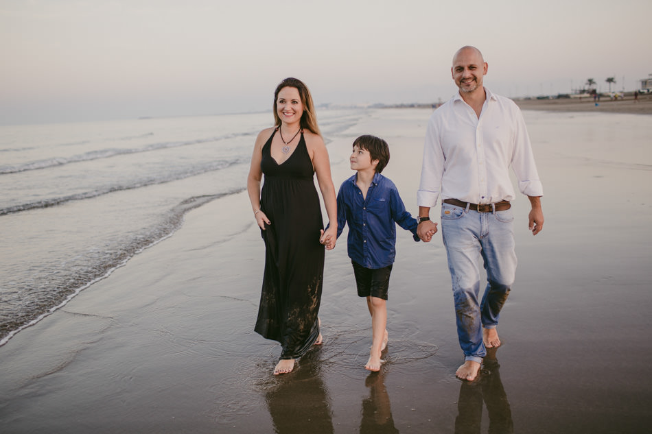 Muscat, Oman destination family photo session on the beach