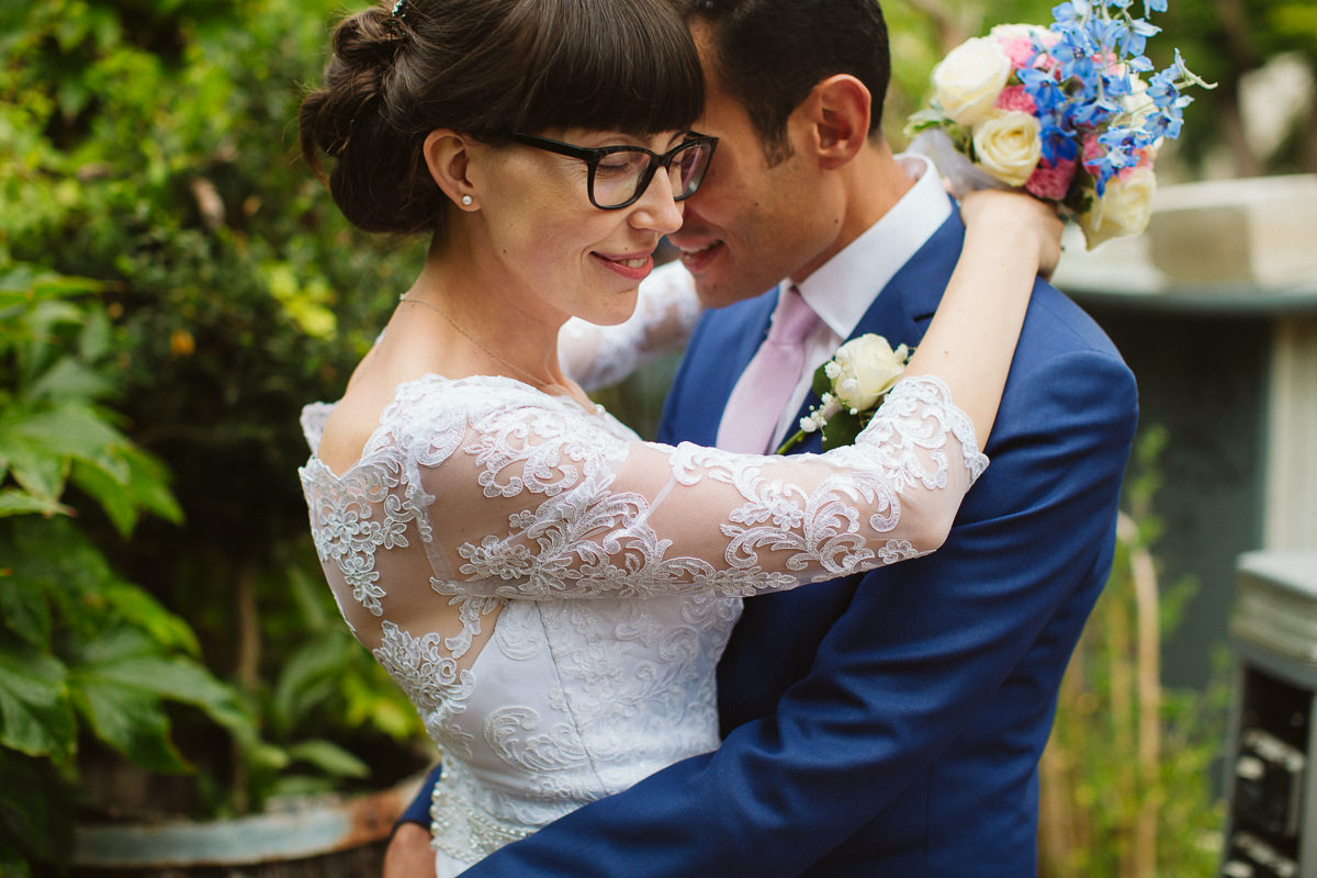 couple session at a London wedding in Little Venice