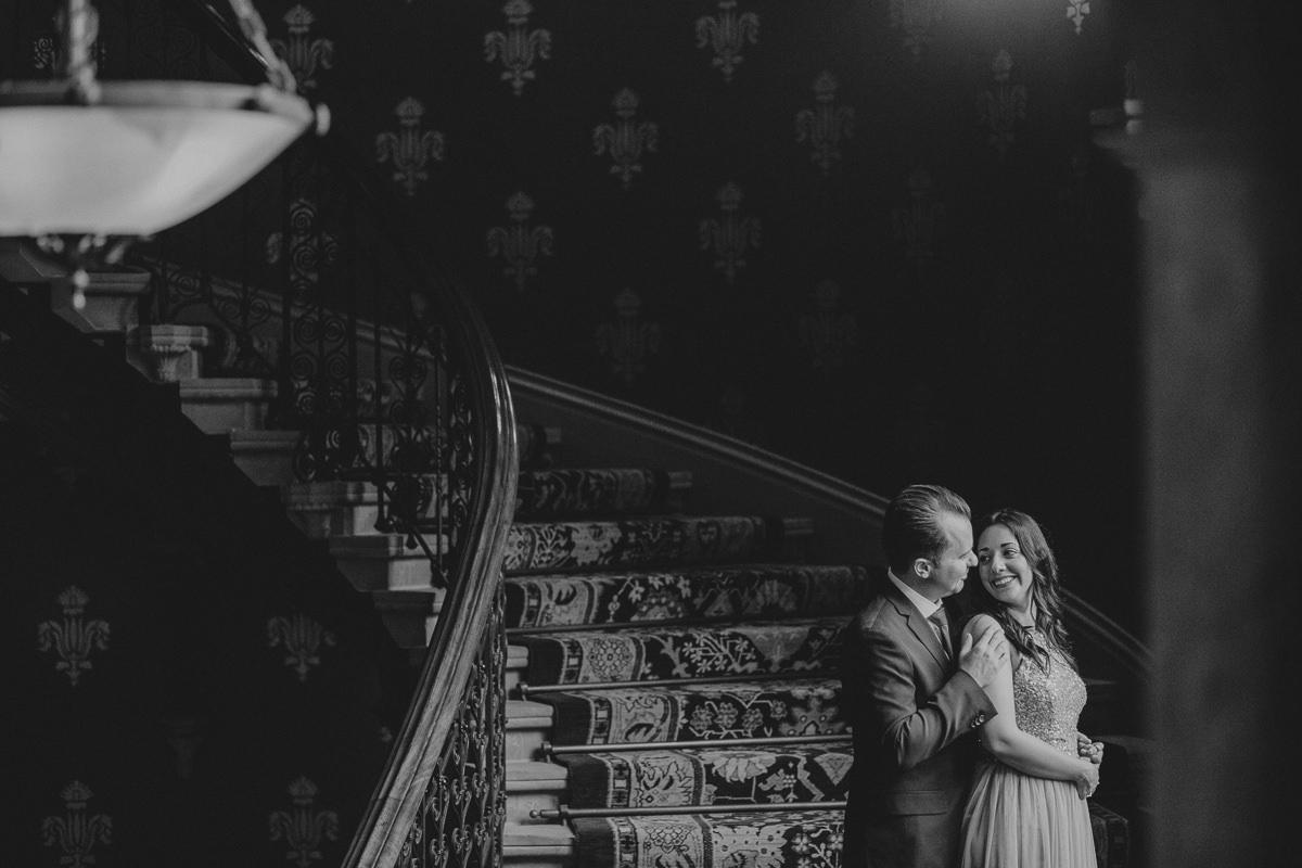 intimate wedding photography St Pancras Hotel London