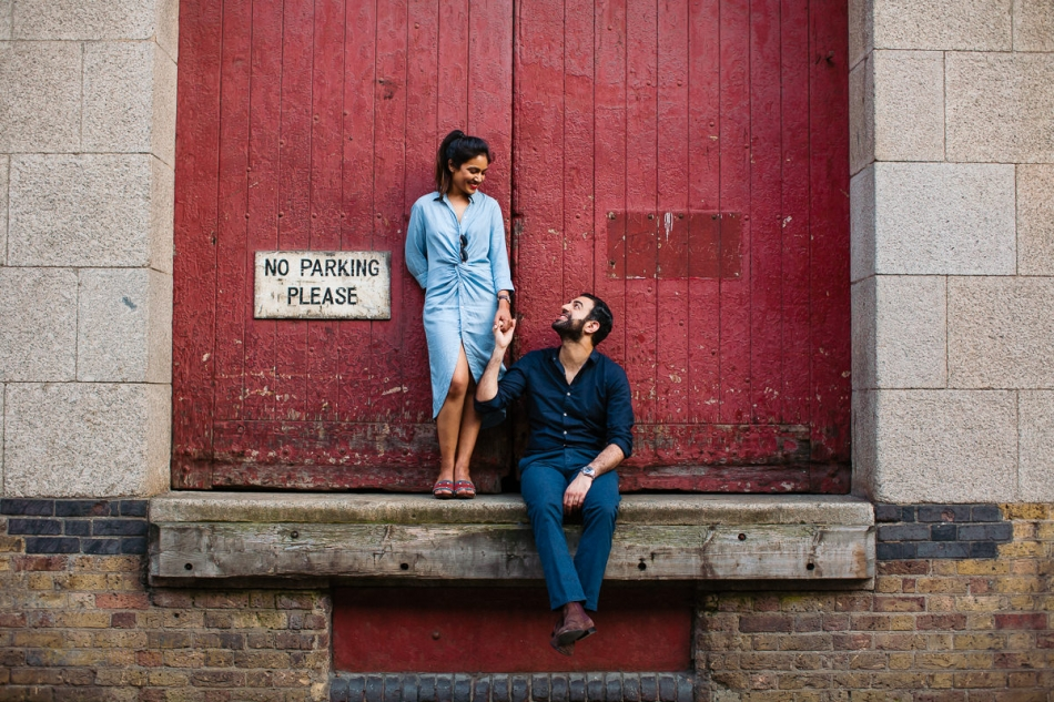 super relaxed pre wedding photos in Wapping Wharf