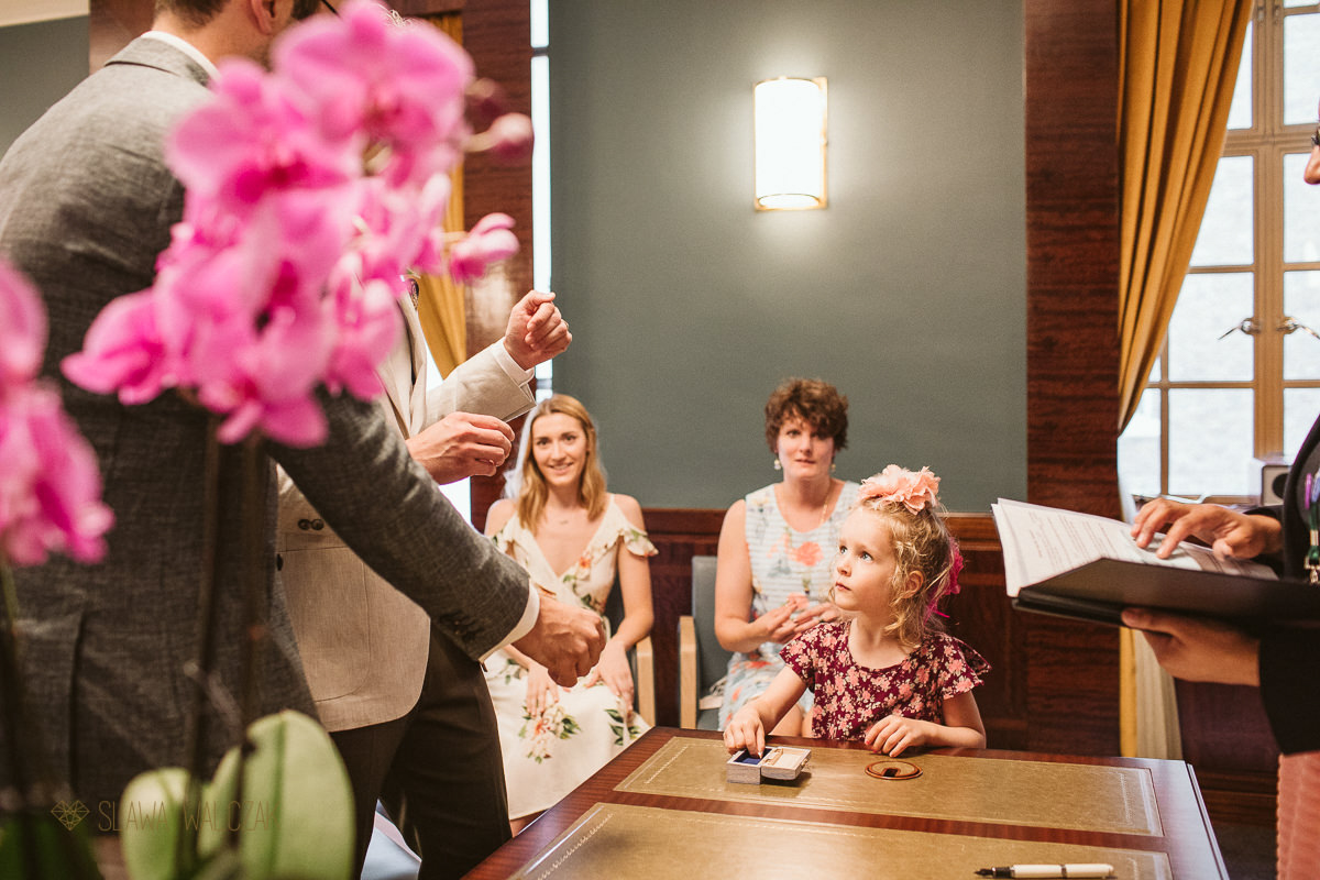 Civil wedding photos from Hackney Town Hall