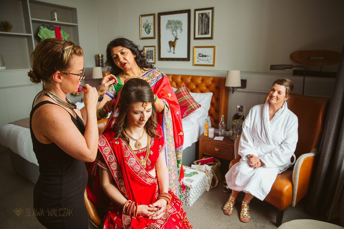 Bridal preparations for a wedding in De Vere Beumont Estate in Windsor