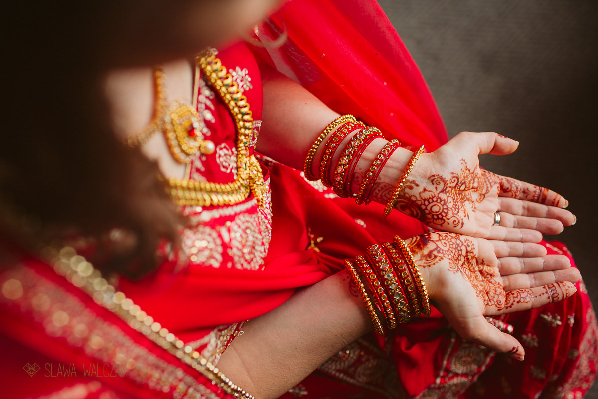 Bridal preparation for a hindu wedding in De Vere Beaumont Estate in Windsor