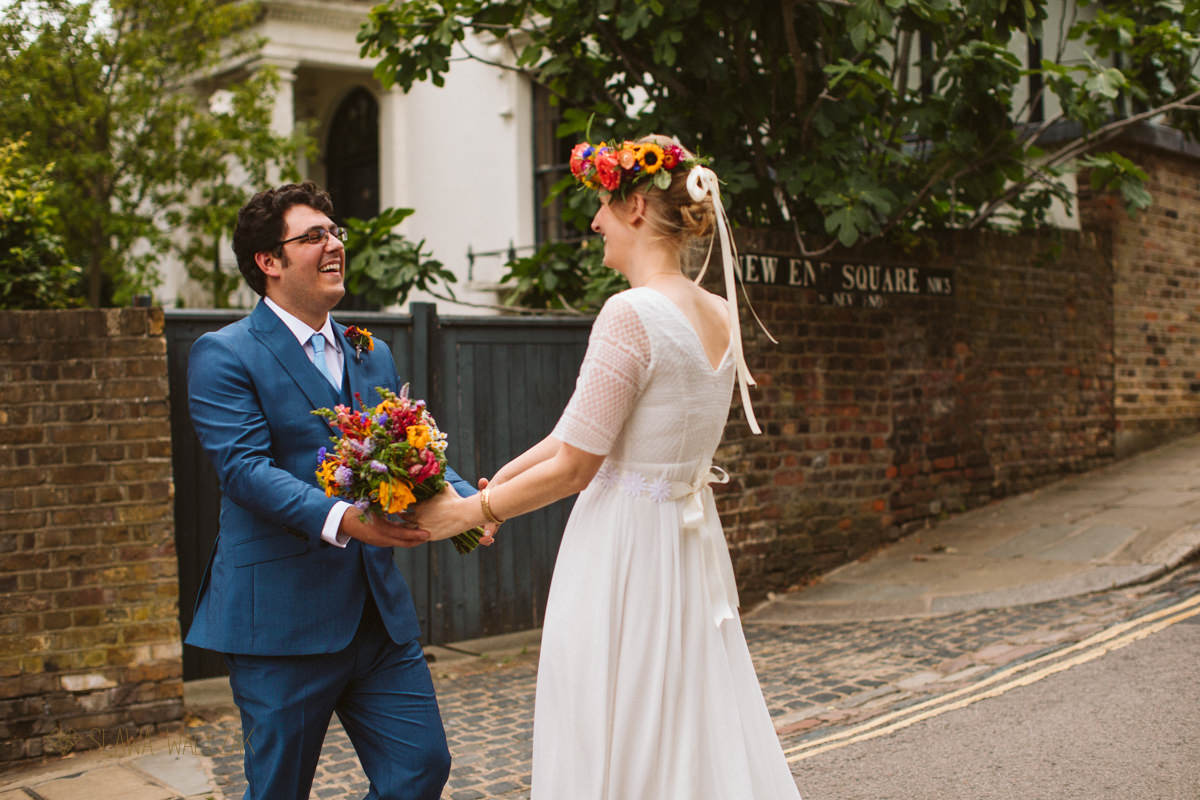 boho couple getting married at Burgh House in London