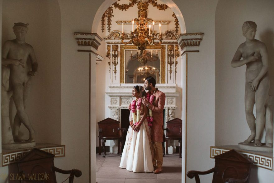 Luxury and elegant wedding photos of a Losnon Asian Couple