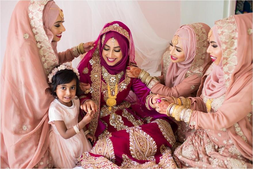 female-asian-muslim-wedding-photographer_0022