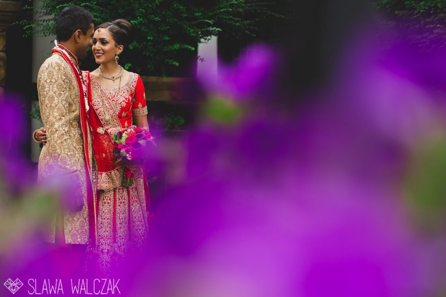 asian wedding photography at a hindu temple in London