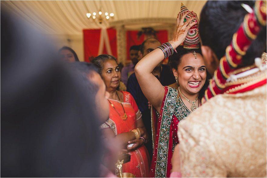 asian-wedding-photographer-bhaktivedenta-manor_0110