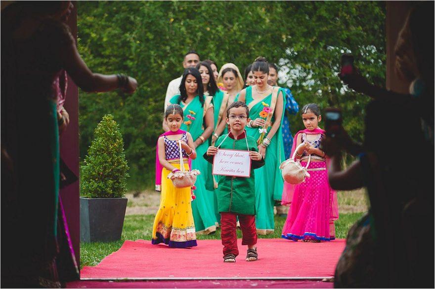 asian-wedding-photographer-bhaktivedenta-manor_0113