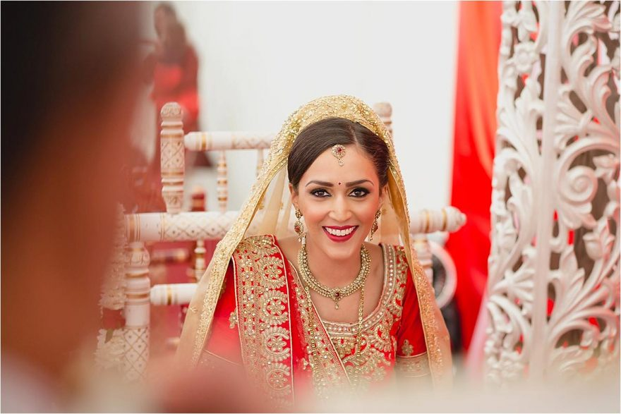asian-wedding-photographer-bhaktivedenta-manor_0116