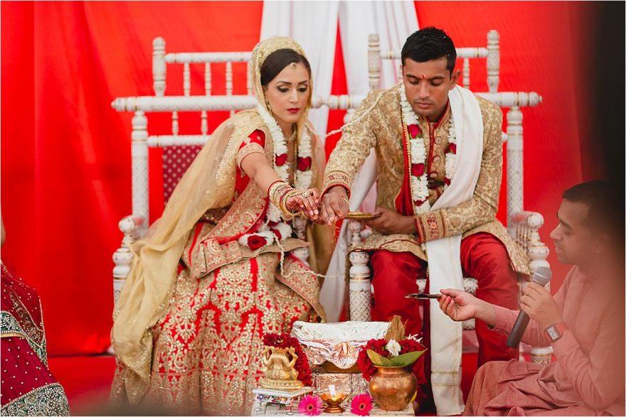 documentary-hindu-wedding-photography-london-UK-80