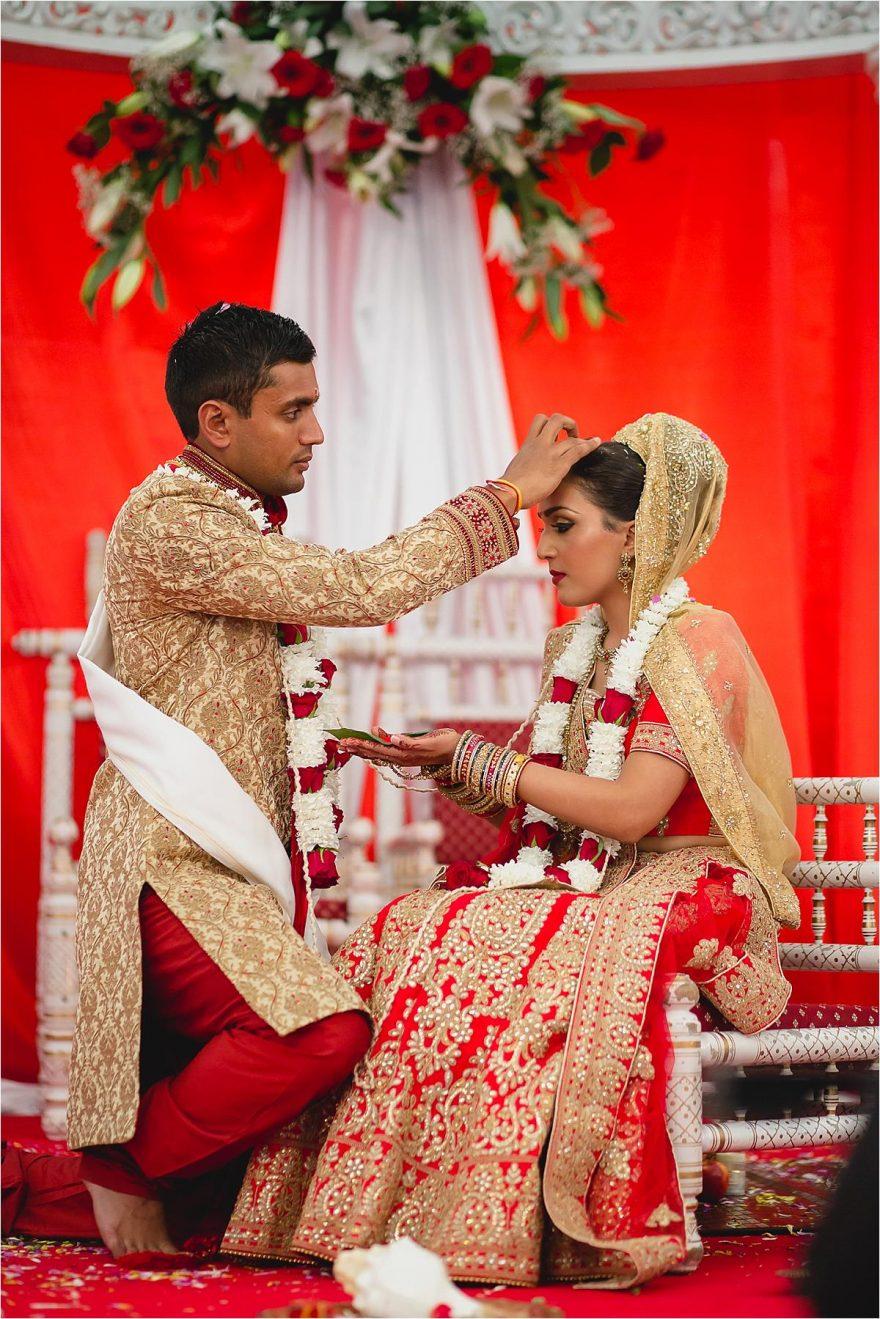 documentary-hindu-wedding-photography-london-UK-92