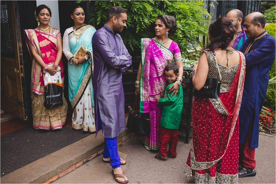 hare-krishna-wedding-bhaktivedanta-manor-watfard_0083