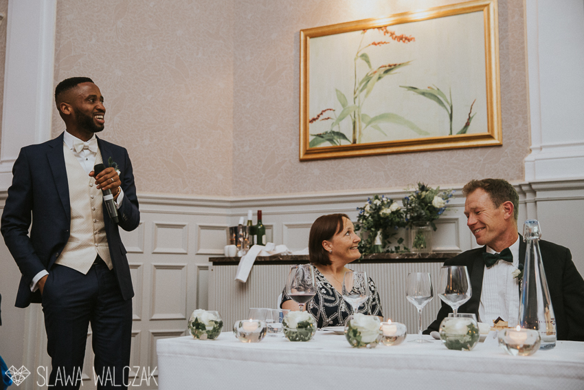 groom giving speach at a wedding in St Ermin's Hotel in London