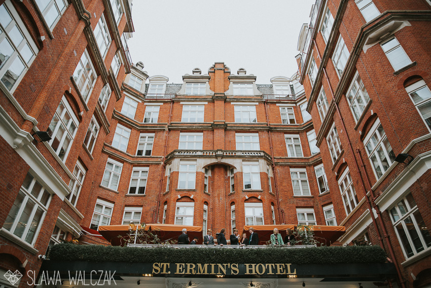 st-ermins-hotel-wedding-photography-118