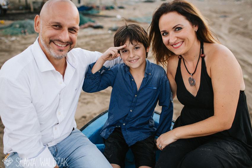 Beach-family-photography-muscat-oman-51