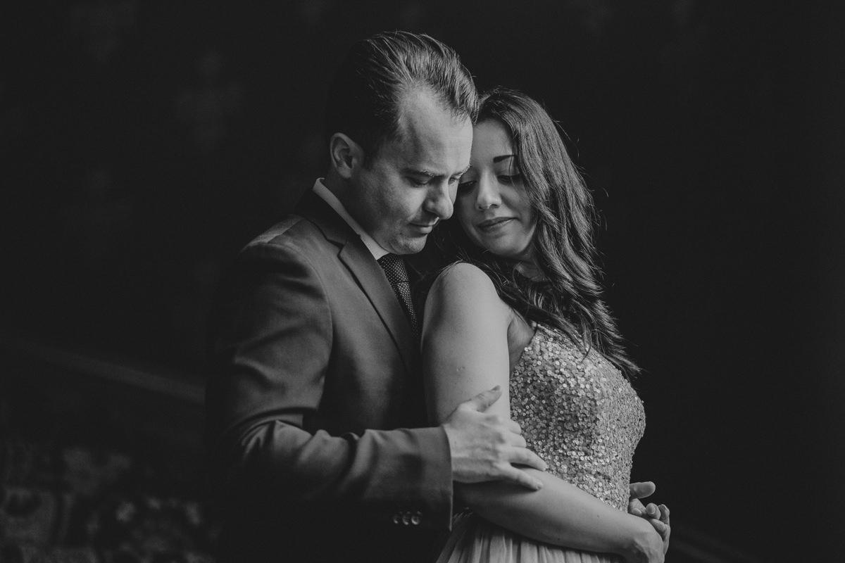 intimate wedding photos st pancras hotel London