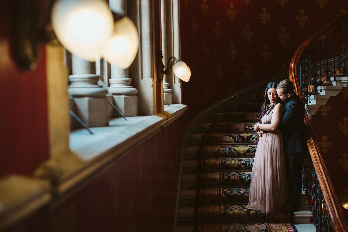 couple photo shoot at St Pancras Renaissance Hotel