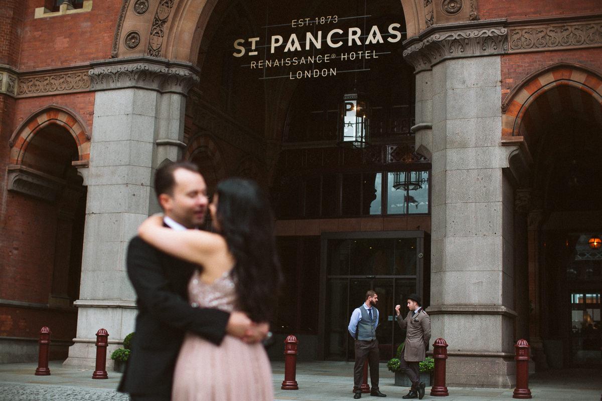 St-Pancras-Renaissance-Hotel-Wedding-Photography