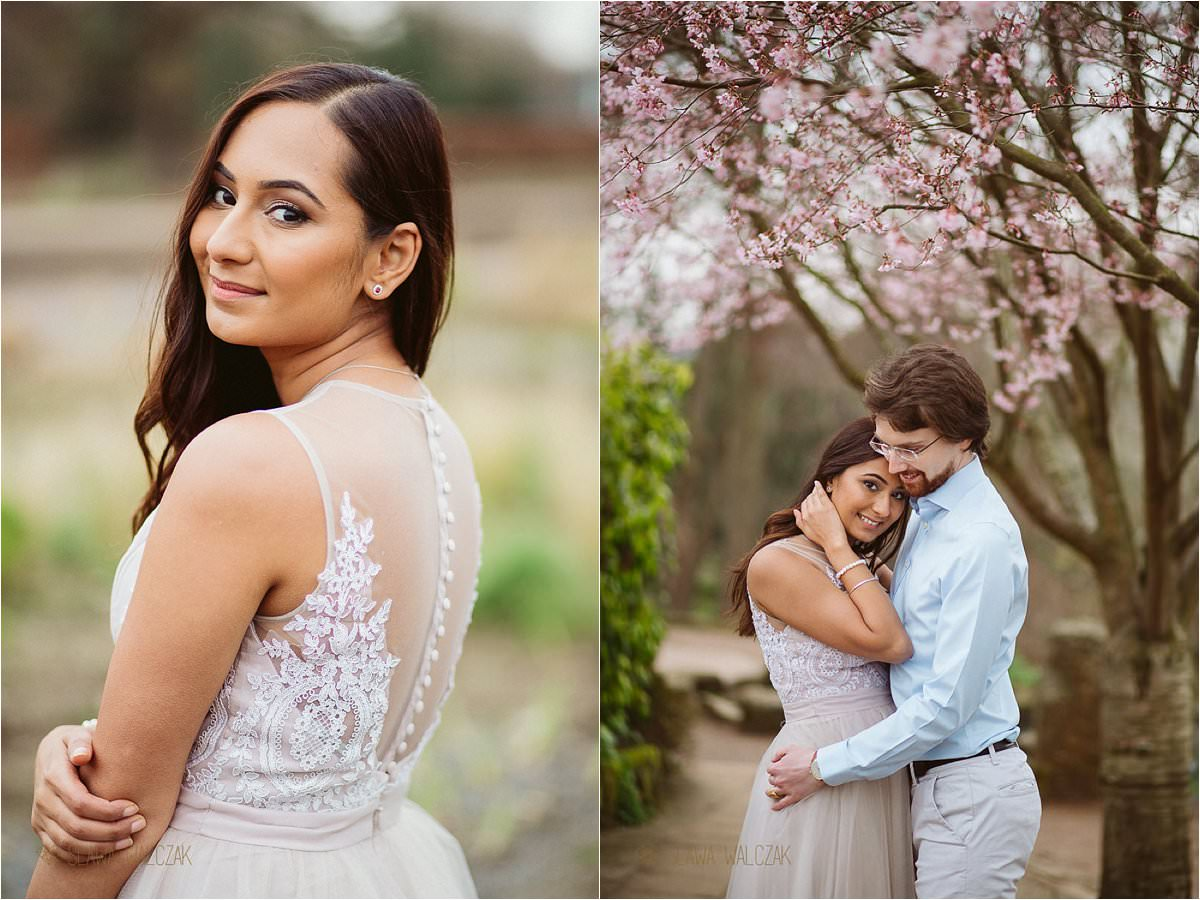 beautiful enagegement photos in cherry blossom in London