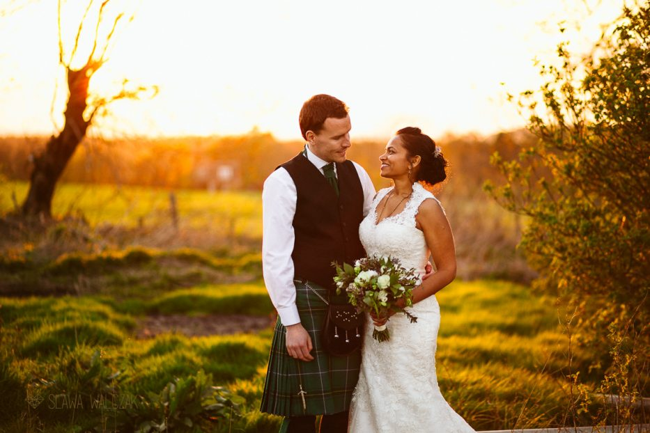 Golden Hour Photography at a Wedding on the Cockdurno Farmhouse in Scotland