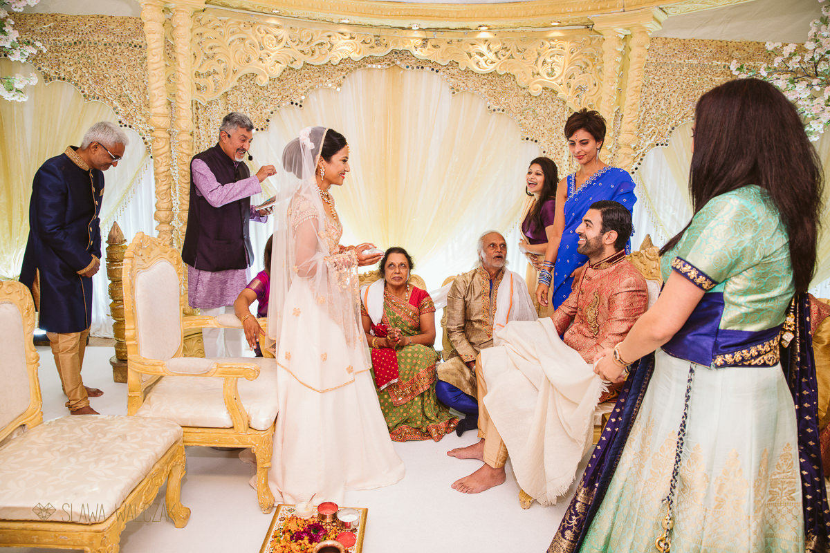 Wedding photography from a Hindu Indian wedding at Chiswick Park