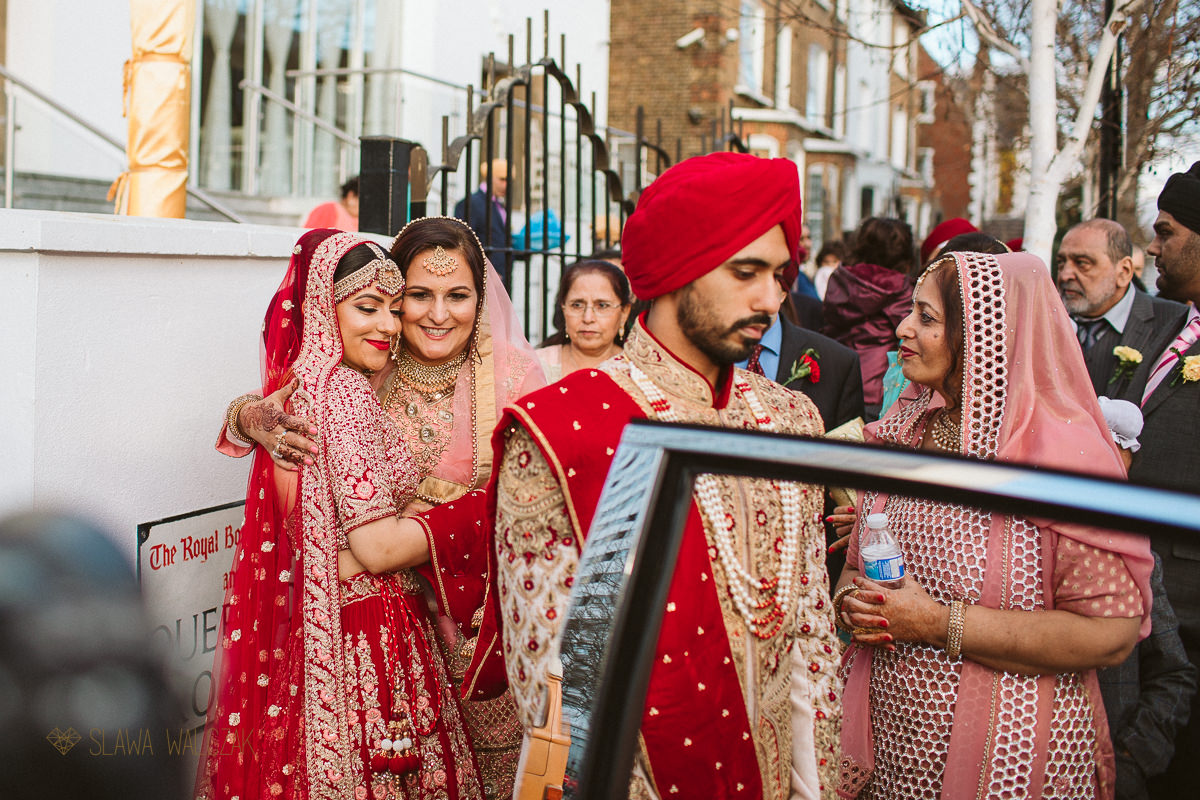 Vidai at a Sikh Wedding In Central Gurdwara London