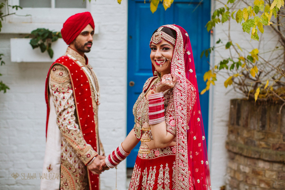 Sikh Cuple wedding portraits in Notting Hill
