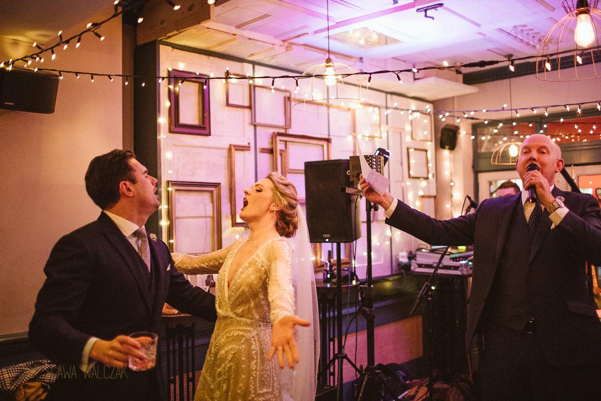 wedding speeches photos at Powder Keg Pub in London