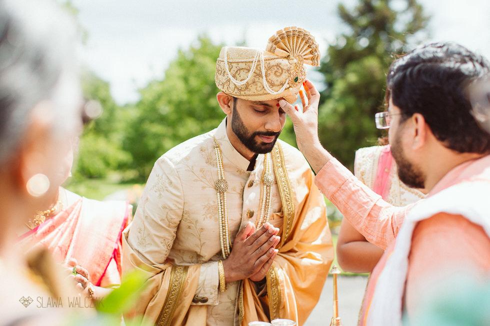 Tamil groom at an Asian Wedding In Kew Gardens
