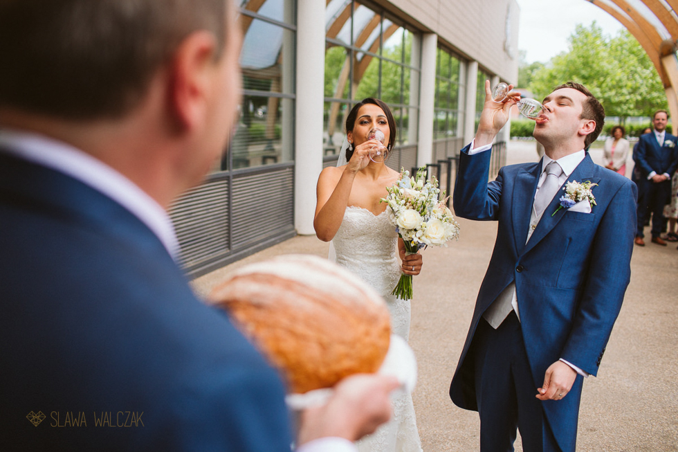 Fusion Polish Asian Wedding Documentary Photos